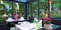 55€ -- Altstadt: Wunschmenü für 2 im Wintergarten-Restaurant