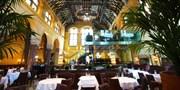 £29 -- 'Glamorous' Michelin-Starred Meal & Brut in London