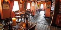£35 -- 3-Course Meal for 2 at Country Pub, Was £65