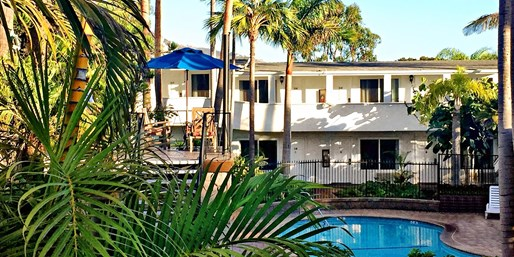 $109 -- Laguna Beach Hotel incl. Breakfast & $40 Credit