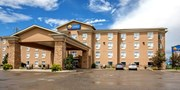 $89-$119 -- Calgary-Area Hotel incl. Breakfast & Wi-Fi