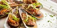 ¥328 -- 当泰式风情遇上法式浪漫 Urban Thai 双人海鲜泰式大餐 赠椰青或酒