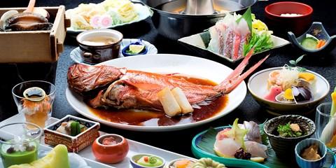 """¥13,980 -- 伊豆""""美食宿"""" スイート×鮑・金目鯛含む2食"""