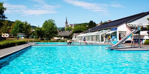9 € -- Tageseintritt ins Wiedtalbad mit Badewelt & Saunen