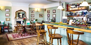 £35 -- 3-Course Meal & Coffee for 2 at Country Pub, 41% Off