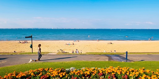 £139 & up -- Isle of Wight 2-Nt Stay w/Meals & Sea-View Room