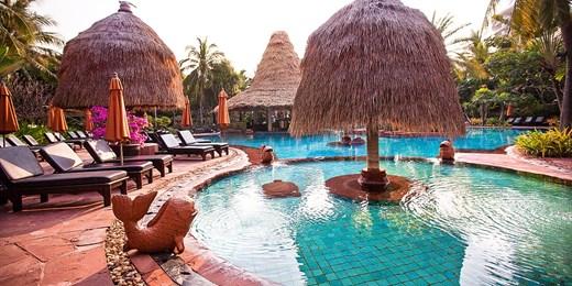 $329 -- 3-Nt Hua Hin Retreat w/Upgrade & Massage, Save 56%