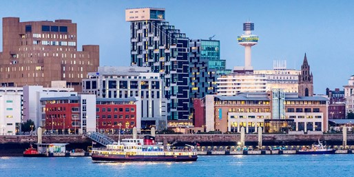 £9 -- Summer-Evening Ferry Cruise on the Mersey, Save 35%
