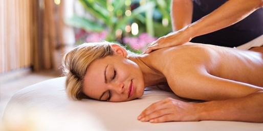 $139 -- Four Seasons Maui: Massage or Facial w/Bubbly