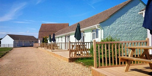 £379 & up -- Isle of Wight: 7-Night Coastal Break, Save 44%
