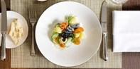 ¥200 -- 伦敦梅菲尔米其林二星餐厅三道式午餐/晚餐+香槟 名厨主理