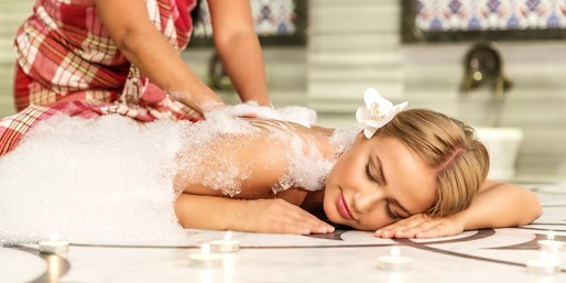 £39 -- Massage, Manicure & Body Scrub at Turkish Baths