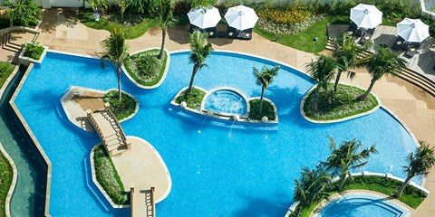 £219 -- Philippines: 3-Night Radisson Stay in Cebu, 40% Off