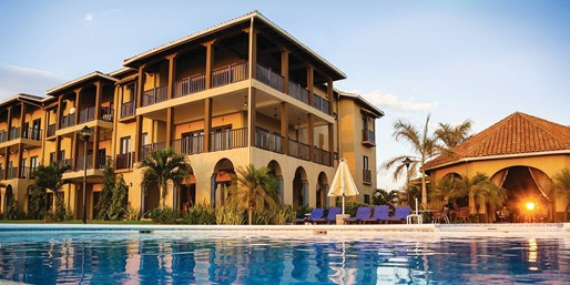 $99 -- Nicaragua: Oceanside Suite w/Breakfast for 2, 40% Off