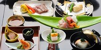 ¥3,980 -- 47%OFF 東京駅一望丸ビル×宮崎和牛・鱧・松茸など旬の会席9品フルコース 土日曜・祝日限定特典も