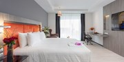 $77 -- Deluxe Stay at Brand New Bangkok Hotel inc Breakfast