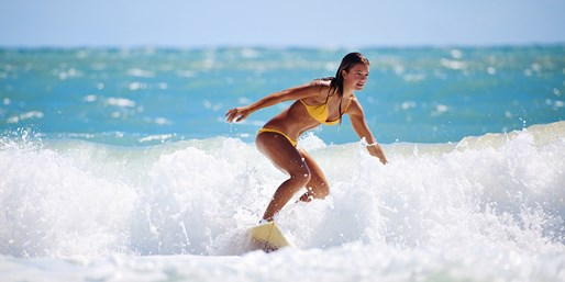 $39 -- 1.5-Hour Group Surfing Lesson in Costa Rica, Reg. $55