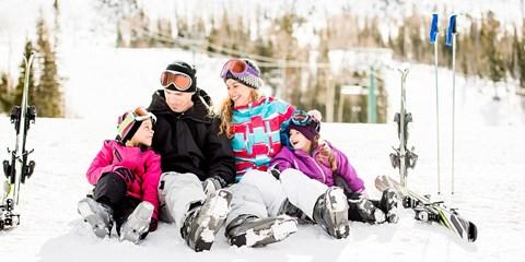 Dès 56€ -- Matériel de ski : location 7 jours jusqu'à -55%