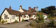 £42 -- 3-Course Meal for 2 at Malvern Country Inn, Was £63