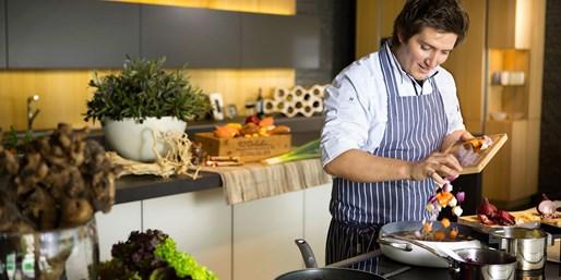 ab 69 € -- Kochkurs beim hessischen Jamie Oliver, -22%