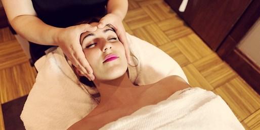 £49 -- 'Superb' Cheshire Spa Day inc Massage & Facial