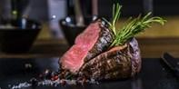 99 € -- Goldhorn Beef Club: Menü für 2 mit Premium-Fleisch