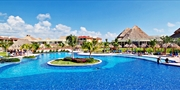 $549 -- Riviera Maya: All-Inclusive Summer Getaway w/Air