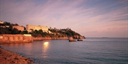 £179 -- 4-Star Torquay: Family Stay w/Meals, Save up to 43%