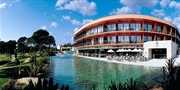 £239 -- Algarve: 5-Star Top Hotel in Vilamoura, Save 35%