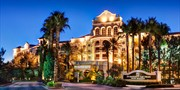 $90 -- Vegas 4-Star Resort Package w/Credit, 65% Off
