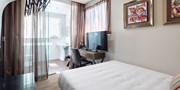 $77 -- Sydney New Boutique Hotel w/Breakfast, 40% Off
