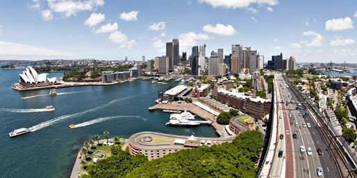 Sydney & Great Barrier Reef Trip w/Sightseeing, From $1,539