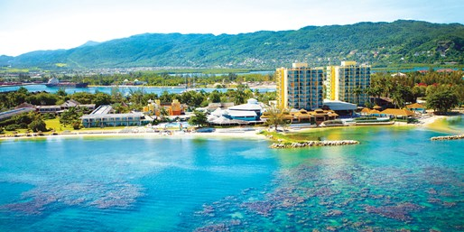 Jamaica 3-Night All-Incl. Beach Getaway w/Air, From Chicago