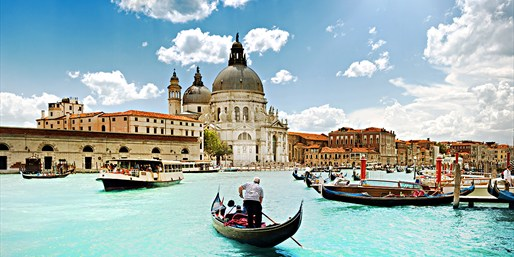 Flights to Italy, Roundtrip, From Washington D.C.