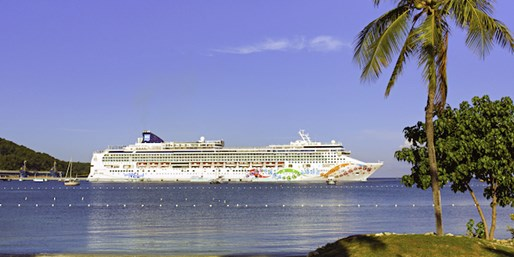 10-Day Panama Canal Cruise on Norwegian Pearl, From $799