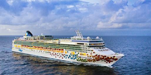 Cruise on Norwegian Gem w/$100 Holiday Bonus, From New York City