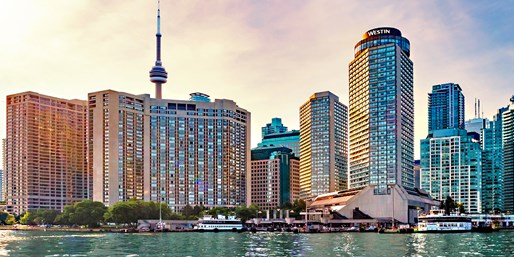Toronto: 4-Star Stay thru Summer, $100 Off