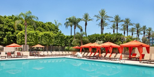 Phoenix: Weekends at Family-Friendly Sheraton, From $97