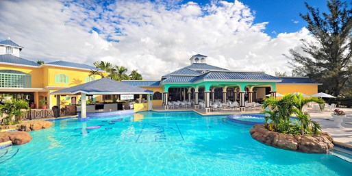 Jamaica 4-Star All-Incl. Hilton Stay w/Air, From $759