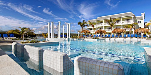 Luxe Jamaica 5-Night All-Incl. Getaway w/Air, From $829