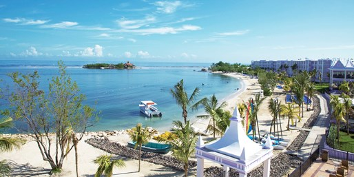 Riu Montego Bay: 4-Night All-Incl. Trip w/Air, From $729