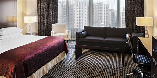 £51 & up -- Chicago Hotel near Michigan Avenue, Save 63%