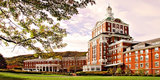 $399 -- Virginia: Hot Springs 2-Night Spa Getaway, Reg. $748