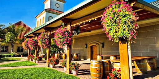 Travelzoo Deal: $279 -- Temecula 4-Star Villa Escape w/$320 in Dining & Wine