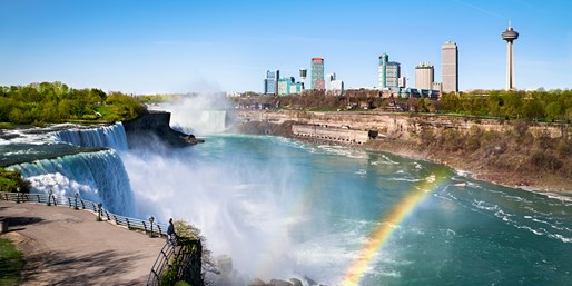 $118 -- Niagara Falls Escape Incl. $130 in Dining & Tastings