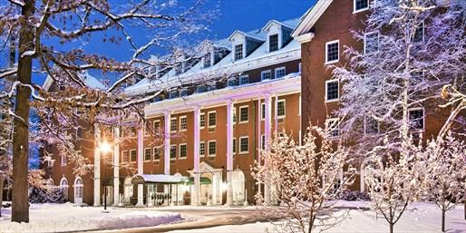 $129 -- Saratoga Springs Resort w/Breakfast & Spa Credit