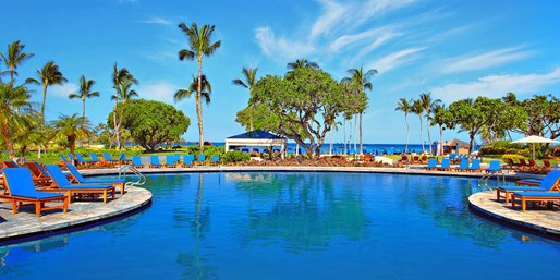 $750 -- Hawaii: 3 Nights at Luxe Resort, Save 60%