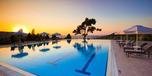 £399pp -- Hilton Turkey 5-Star All-Inc Escape, Save 58%