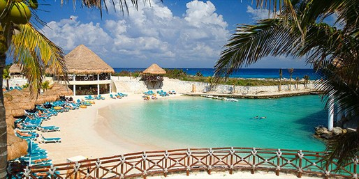 £899 -- 10-Nt All-Inclusive Mexico Holiday, Save £800