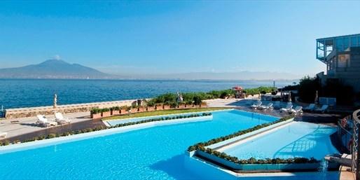 £399pp --  Italy: Bay of Naples Week w/Meals & Pompeii Tour